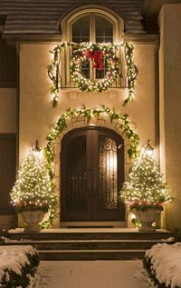 Holiday Outdoor Decorating Tips
