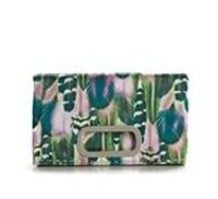 I love the print on this clutch.