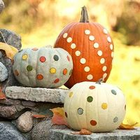 Grab an apple corer and create these pretty, mess-free Halloween pumpkins in just a few easy steps -- no cutting or carving required!