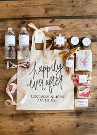 We had so much fun creating our wedding welcome bags. We wanted to make our guests feel extra special and fill it with personalized goodies that had some meanin