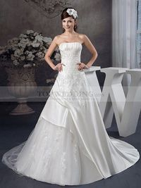 STRAPLESS SATIN WEDDING DRESS WITH TULLE SKIRT AND APPLIQUED BODICE