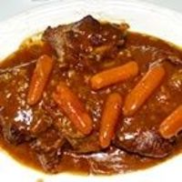Could work in the crockpot Ingredients 4 pounds beef sirloin roast 3 carrots, chopped 3 stalks celery, chopped 1 clove garlic, minced 1/2 packet dry brown gravy mix 2 tablespoons water 1 package dry onion soup mix 1 can condensed cream of mushroom soup 10...