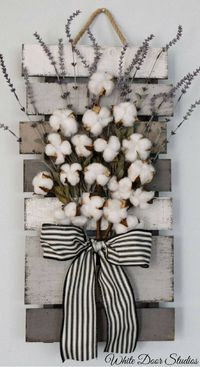 Farmhouse chic in an unexpected way. Faux lavender, rustic cotton stems and a rustic wood pallet come together to create a warm and inviting piece perfect for any room of your home. Cotton and Lavender Farmhouse Style Wall Decor, rustic decor, rustic home...