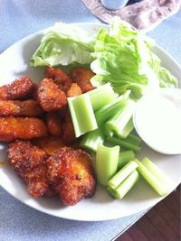 Low Carb Diet Recipes - Parmesan crusted boneless wings with sriracha sauce #ketogenicdiet #keto #lchf #lowcarbs