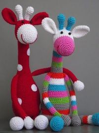 amigurumi giraffe... wish wish wish i knew how to make those! :)