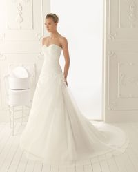 A Line Sweetheart Brush Train Wedding Dress