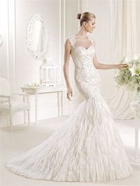 Mermaid scoop the shoulder lace court train wedding dresses