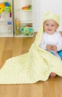 Free cozy hooded blanket crochet pattern