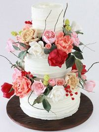 Beautiful floral cake from Sharon Wee Creations.