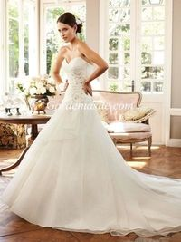 A-line Sweetheart Chapel Train Shiny Crystals Pearls Tulle Wedding Dress 2014