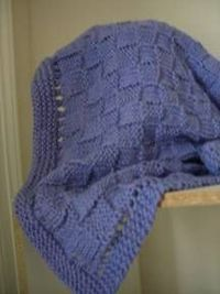 Now you can create this beautiful free knitting pattern. It's a great baby blanket to keep that little one warm. You can use different color yarn to be sex appr