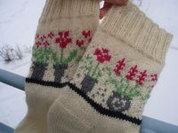Ravelry: Socks With Windowsill (Archived) pattern by Anne Abrahamsen-free pattern