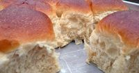 Soft Fluffy Sweet Dinner Rolls you can Make Ahead of Time
