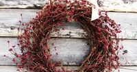 A Scandinavian Christmas look, making lots and lots of wreath to hang everywhere