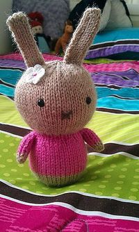 bunnies, patterns and ravelry.