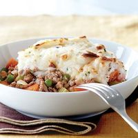 Shepherd's Pie with Buttermilk-Chive Mashed Potato Crust