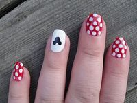 Ooh! Maybe I'll get my nails like this for senior trip!