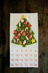 Felt Advent calendar! Love this one!!