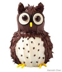 How to make an owl birthday cake with chocolate frosting and banana Runts
