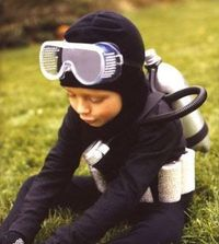 scuba-diver-costume (black sweat shirt, legging. spray paint a soda bottle, attach with hose and electric tape.