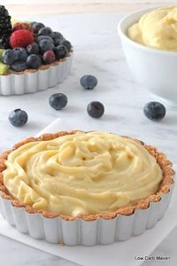 LOW CARB PASTRY CREAM WITH COCONUT MILK