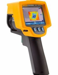 FLUKE TiR1 Infrared Thermal Imaging Camera 2823121 Fluke TiR1/TiR32 Infrared Thermal Imaging Camera - FLUKE 2823121, The Fluke TiR1 thermal imaging camera are ideal for building inspection, fault finding and roofing inspection applications. This camer htt...