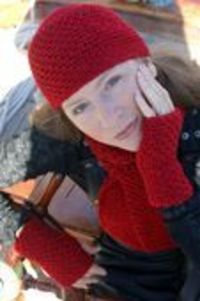 Simple Crochet Beanie Hat Plus Other Matching Crocheted Accessories