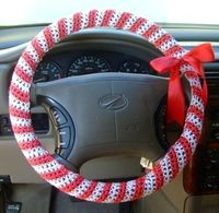 Show your holiday spirit even while you're driving down the street. Use this free crochet pattern and make a candy cane steering wheel cover. It'll make your ha