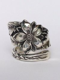 Vintage Columbine Flower Sterling Silver Spoon Ring on Etsy, $72.00