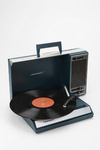 Crosley Spintronic Portable USB Turntable Urban Outfitters. Must have.