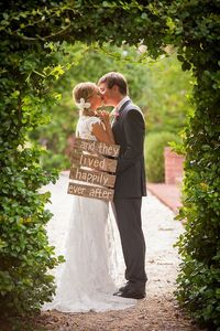 Rustic Southern Wedding Inspiration | Glamour & Grace