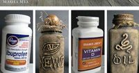 halloween crafts: DIY Halloween Apothecary Jars' Tutorial from Magia Mia. Turn plastic vitamin bottles into creepy apothecary jars using a glue gun and chalkboard paint.