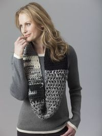Level 2 - Easy Crochet Cowl. Make it with Lion's Pride Woolspun!