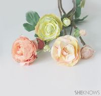 Don't pick a ranunculus from the garden when you can learn to make your own paper flowers with this easy tutorial.