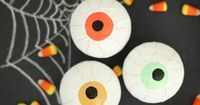DIY Halloween party favors for your guests to love!