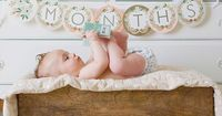 Cute monthly photo idea.