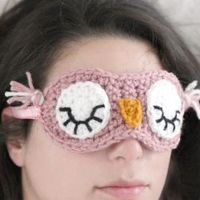 After the hustle and bustle of the holidays, whip up this crochet sleepy owl mask and get some much needed rest! FREE Pattern!