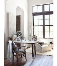 Who knew white could be rustic?