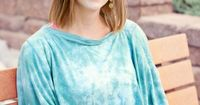 DRIA nursing covers come in multiple colors and designs. Choose from one or all of our fashionable nursing cover styles today.