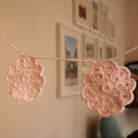 Sunday Girl: Crochet bunting for sessions