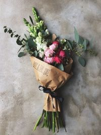 I'll be honest: I'm not a big fan of Valentine's Day. But the news that the very talented Kirstie Deane of Bristol-based florist and event stylist Ruby & The Wo
