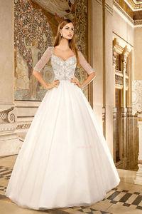 Ball Gown V-neck Half Sleeve Beading Wedding Dresses