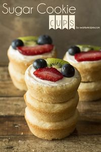 Soft and chewy, melt-in-your-mouth sugar cookie fruit cups. If you are a fan of traditional fruit pizza, you will be delighted with these sugar cookie fruit cup