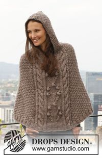Free pattern: Knitted DROPS poncho with cables and textured pattern in �€Eskimo�€. Size: S - XXXL.