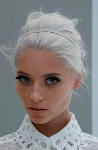 This white hair beehive is to die for. Kudos if you can get your hair this color. My hair would fall out. So hard to turn dark hair :c