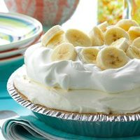 Try our top-rated pie recipes including chocolate, peanut butter, key lime, banana cream, lemon and apple pie.