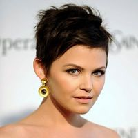 short haircuts for round faces and gray hair | Round Face, Short - Find the Perfect Cut for Your Face Shape - Get ...