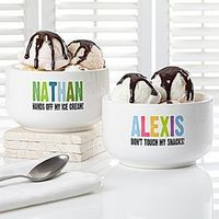 These personalized treat bowls are just too cute! Great Christmas gift idea for the kiddos! You can personalize it with any name and any message!