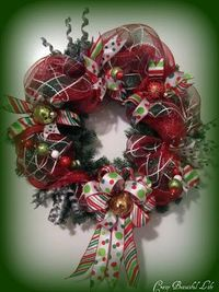 My Crazy Beautiful Life....: Mesh Wreath ~ Tutorial.......guess it's been too long since I've been a craft store....never seen the mesh ribbon....must go check it out!