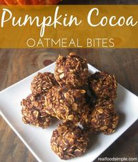 pumpkin cocoa oatmeal bites - only 6 ingredients and 20 minutes for this simple healthy snack | realfoodsimple.com